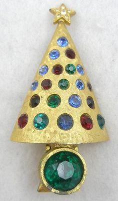 """Hattie Carnegie """"Light-Up"""" Christmas Tree Brooch"""
