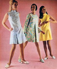 The Best Fashion Ideas For Women Over 60 - Fashion Trends 60s And 70s Fashion, Over 60 Fashion, Mod Fashion, Vintage Fashion, 1960s Outfits, Modern Outfits, Vintage Outfits, Vintage Clothing, Mini Skirts