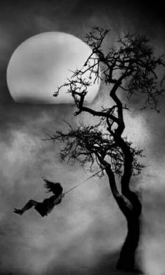 65 Ideas For Dark Art Inspiration Pictures Pencil Art Drawings, Art Sketches, Art Noir, Arte Obscura, Charcoal Art, Charcoal Sketch, Charcoal Drawing Tutorial, Charcoal Drawings, Beautiful Moon