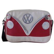 Syksyn tyylikkäin ja coolein laukku <3 Love it :)!  http://www.ihanaiset.fi/fi/Tuotteet+aiheittain/VW+Volkkari/41