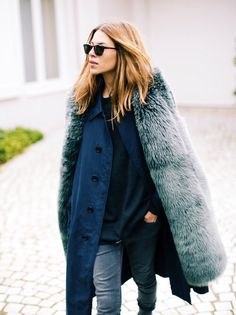 Green faux fur jacket www.thedailylady.eu #thedailylady