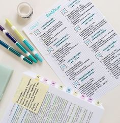~~~ Although I am done with history, this is a great way to organize history notes. I may post my own notes from history class. Cute Notes, Pretty Notes, Class Notes, School Notes, Studyblr, Improve Handwriting, College Notes, Study Organization, Bathroom Organization
