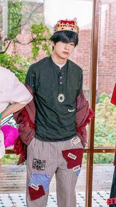 Bts Taehyung, Kim Taehyung Funny, Hoseok Bts, Jhope, Suga Rap, Bts Bangtan Boy, Bts Jimin, Foto Bts, Bts Photo