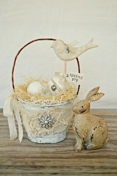 Spring Basket-Bird. $24.00, via Etsy.  Love this handmade Easter basket!!!