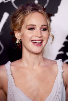 """Jennifer Lawrence at the premiere of """"Mother!"""" in New York, 2017."""