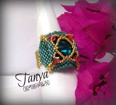 Salinas Ring beaded by Tanya Perez. Beautiful!!! Thank you for sharing!