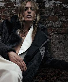Erik Andersson para Essential Homme Noviembre 2015 - Male Fashion Trends