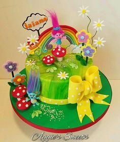 6th Birthday Cakes, Trolls Birthday Party, Troll Party, 6th Birthday Parties, Birthday Cake Girls, 2nd Birthday, Birthday Ideas, Bolo Trolls, Trolls Cakes
