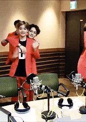 chenbaek they are so cute together