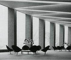 By Pierre Paulin for Artifort, Maison de la Radio, Paris. Radios, Villas, Architecture Design, Pierre Paulin, Space Place, Vintage Interiors, Modern Interiors, French Interior, France