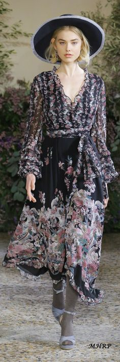 Luisa Beccaria Fall 2018_ pinned from vogue.com/fashion-show