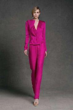 Idee abiti da cerimonia con pantaloni 2013 - Copleto rosa intenso di Donna Karan