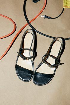 Ahaas Miso Leather Sandal in Black