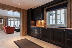hytte møbler - Google Search Log Cabin Homes, Cottage Homes, Cabin Kitchens, Open Concept Kitchen, Wood Interiors, Interior And Exterior, Building A House, Interior Decorating, Cabin Fever