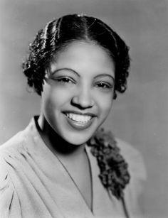 Portrait of American jazz vocalist and performer Maxine Sullivan, 1938