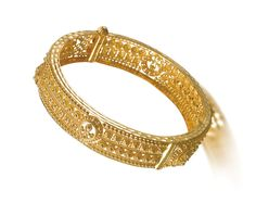 PRODUCT ID: AI41VAI Jewelry Boards, Jewellery Designs, Girls Dream, Gold Bangles, Jewelery, Passion, Culture, Indian, Bride