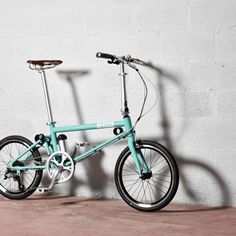 Put differently, we design and make concern-solving, very lighweight bikes and electric bikes that meet the needs of actual and potential cyclists. Mini Moto, Happy City, Minibike, Bicycle Design, Car Wheels, Vintage Bikes, Cool Bikes, Minions, Bicycles