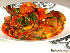 Efo ( Spinach Stew) - I Cook Different Yummy Vegetable Recipes, Healthy Recipes, Healthy Eats, Zambian Food, Nigeria Food, Cameroon Food, West African Food, International Recipes, Soul Food