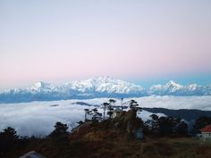 This #Diwali, feel enchanted with the first rays of the Sun at 'Tiger Hills' in #Darjeeling. Book now for this amazing experience:  http://www.hitours.in/holidays-in-india/tour-listing.aspx?Theme=ALL&Destination=Darjeeling #india #northeast #northeastindia #westbengal #kalimpong #gangtok #sikkim