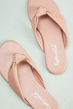 Shop the latest sandals at Anthropologie from new slide sandals to lace up sandals and more. Leather Sandals Flat, Leather Slippers, Slide Sandals, Flip Flop Sandals, Flip Flops, Pink Sandals, Buy Shoes, Shoes Heels Boots, Build A Wardrobe