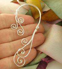 Swirly Ear Cuff by unkamengifts Wire Ear Cuffs, Elf Ear Cuff, Ear Cuffs Diy, Ear Jewelry, Beaded Jewelry, Jewelry Making, Skull Jewelry, Hippie Jewelry, Jewlery