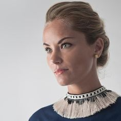Necklace Collar Collars For Women, Collar Necklace, Woman, How To Wear, Clothes, Jewelry, Fashion, Outfits, Moda
