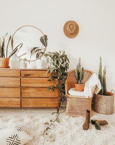Bedroom Goals, Decoration Plante, Modern Bedroom Design, Modern Bedrooms, Aesthetic Room Decor, Boho Room, Plant Decor, Room Inspiration, Bedroom Decor