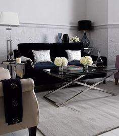 Tajemný Klimt Kolekce celá ve zlatě First Apartment, Glamour, Home Living, Living Rooms, Klimt, Love Seat, House Design, Couch, Throw Pillows