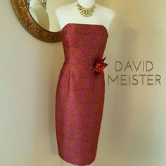 """DAVID MEISTER STRAPLESS COCKTAIL MIDI DRESS Class to the Max with a hint of pin-up style; David Meister strapless midi cocktail dress. Size 6. Lined;100% acetate, outer:100% polyester. Lining color is best described as a copper tone mixed with a rusty orange/brown hue. Invisible zippered center back closure & 7""""split at hem. Removable Rose pin on front. Fabricated of an antique- classic print. Perfect cocktail dress, weddings, date night...endless options! Flawless condition! DISCOUNTED…"""