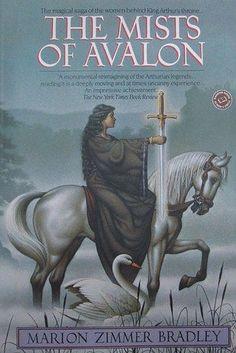 "10 Great Witchy Books for Summer Reading: ""The Mists of Avalon"", Marion Zimmer Bradley Historical Romance Books, Historical Fiction, Romance Novels, Stieg Larsson, Best Fantasy Series, Fantasy Books, Fantasy Fiction, Fantasy Art, King Arthur"