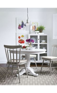 Designed by Blake Tovin of Tovin Design, the Avalon White Extension Dining Table is a Crate and Barrel exclusive. Smart Kitchen, Cozy Kitchen, Kitchen Decor, Kitchen Ideas, Casual Dining Rooms, Dining Room Table, Dining Chairs, Table Furniture, Home Furniture