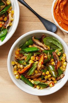 This bright, buttery succotash by Katy Sparks (BNC 1998) is a perfect summer side dish that comes together in minutes. #sidedish #sidedishrecipes Corn Recipes, Side Dish Recipes, Whole Food Recipes, Healthy Recipes, Corn Succotash, Succotash Recipe, Quick Side Dishes, Summer Side Dishes, Sugar Snap Recipe