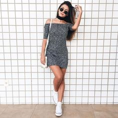 Tumblr Photography, Photography Poses, Fashion Photography, Moda Streetwear, Streetwear Fashion, Edgy Style, Casual Chic Style, Fashion Model Poses, Fashion Models