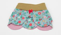 Petal baby skirt