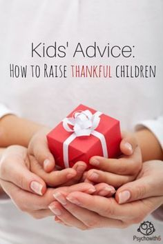 Experience gifts are gifts that are not toys, but gifts that keep on giving & usually involve some hands-on learning or visiting a fun place with your kids! Help Teaching, Teaching Posts, Teaching Strategies, Holiday Gift Guide, Holiday Ideas, Christmas Ideas, Christmas Gifts, Christmas Traditions, Christmas Decor