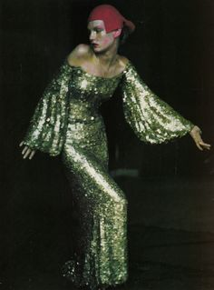 maliciousglamour:  Retro Avveniristica Couture Vogue Italia Supplement, Sept 1999Photographer: Paolo RoversiModel: Angela LindvallDress: Givenchy Haute Couture by Alexander McQueen