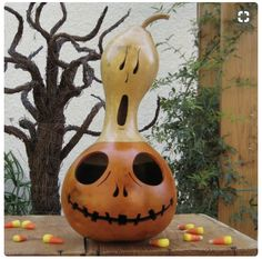 Halloween Gourd Jack O Lantern Ghost Top Natural Spooky Centerpiece Decoration (with removable top) Decorative Gourds, Hand Painted Gourds, Painted Pumpkins, Halloween Gourds, Halloween Crafts, Halloween Decorations, Halloween Ghosts, Fall Crafts, Holiday Crafts