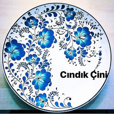 Henna Candles, Scandinavian Folk Art, Feather Art, Butterfly Watercolor, Ceramic Design, Paint Designs, Islamic Art, Decorative Plates, Mandala
