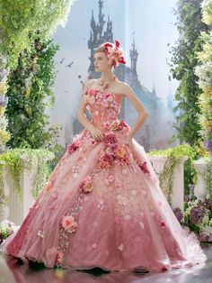 beautiful costume ball gown wedding dress ドレス 夜会服 robe платье ballkleid vestido - Luxe Fashion New Trends - Fashion for JoJo Beautiful Costumes, Beautiful Gowns, Beautiful Outfits, Fabulous Dresses, Pretty Dresses, Ball Dresses, Ball Gowns, Fairytale Dress, Gowns Of Elegance