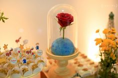 Festa Infantil | 1 ano do nosso Pequeno Príncipe {Produção e Direção Criativa: Inspire Blog | Decoração: Luli Ateliê de Festas | Fotografia: Louise Esperança | Vídeo: Vou Te Contar Filmes | Papelaria e Identidade Visual: Estúdio Tuty | Bolos: Rosa Pétala | Biscoitos decorados: Maura Diniz | Móveis: Fascine Design}