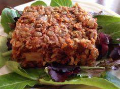 Vegan Lentil Loaf // Lentils, brown rice, garlic & onion, tomato & spices #iron #protein #vegan