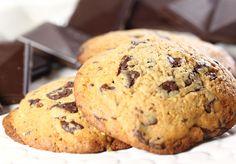 Cocosa cookies med speltmel, 70 % sjokolade, og søtet med Steviosa sukker.