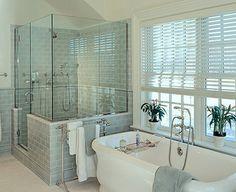 Master bath! I'm in LOVE!!