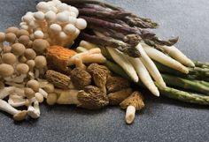 Recipe Vegetarian Entree Asparagus Mushrooms Parsley Chives Mushrooms | Yogi Times