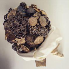Wedding Bouquet, Gold Alternative Wedding, Wedding Bouquets, Marie, Gold, Accessories, Wedding Decoration, Decorating Ideas, Wedding Bride, Wedding Brooch Bouquets
