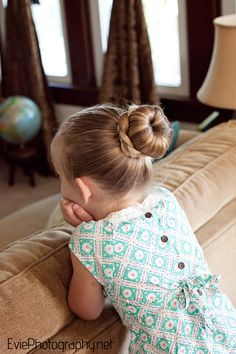 Evie Photography: D.I.Y. {The Sock Bun} ...perfect dance bun for St Patrick's parade