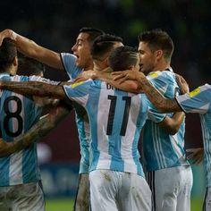 Argentina leva 2 a 0, mas reage e busca empate com Venezuela
