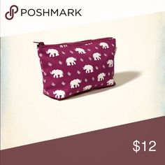 NWT⭐️ Hollister - Large Pouch NWT⭐️ Large pouch with elephant logo. Great for makeup or cash, etc. (⭐️See listing- Matching Tote) Hollister Bags Mini Bags