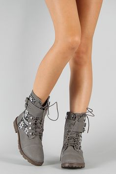 Bumper Finny-01 Tribal Buckle Lace Up Boot $33.90