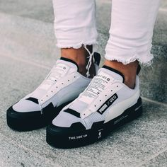 UEG x PUMA Court Play | Sneakers men